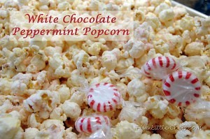 White Chocolate Peppermint Popcorn from fivelittlechefs.com is a quick specialty recipe. #Peppermint candies, melted white #chocolate, #popcorn! #recipe