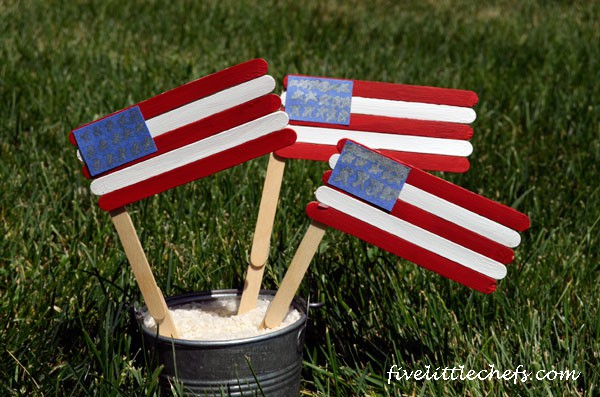 4th of July flags #4thofjulycrafts