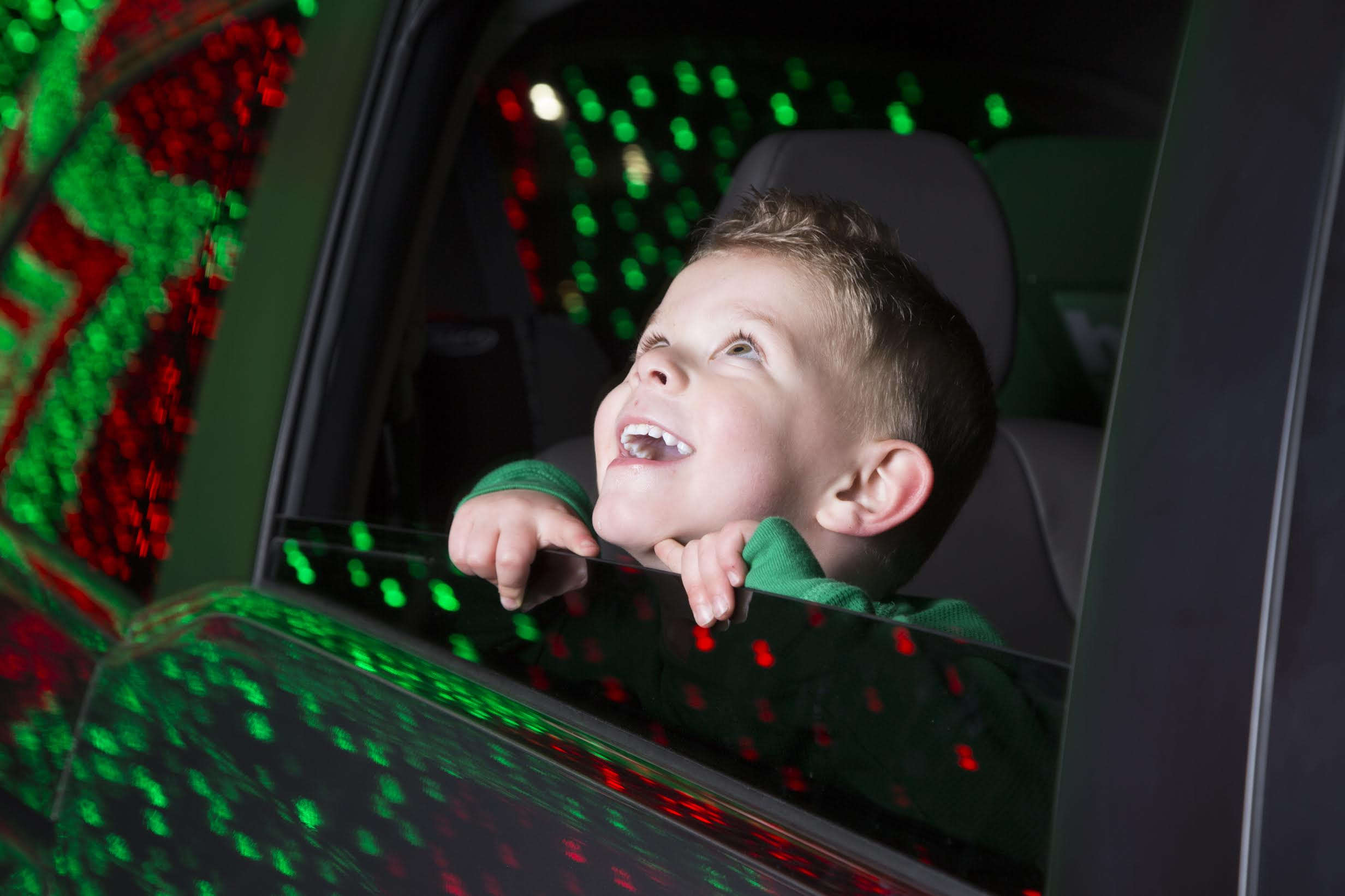 Xmas in Color - Boy in car
