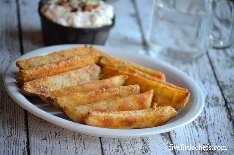 Seasoned potato wedges recipes are baked in the oven until crispy. A simple, cheap side dish or appetizer that can be served with sour cream or your favorite dipping sauces.