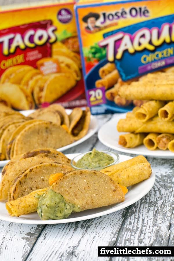 Cinco de Mayo fun and convenient party food tastes great when paired with a freshly Roasted Tomatillo Salsa that takes 15 minutes to make. You will be ready to entertain your guests in 30 minutes! Jose Ole Central and #JustSayOle